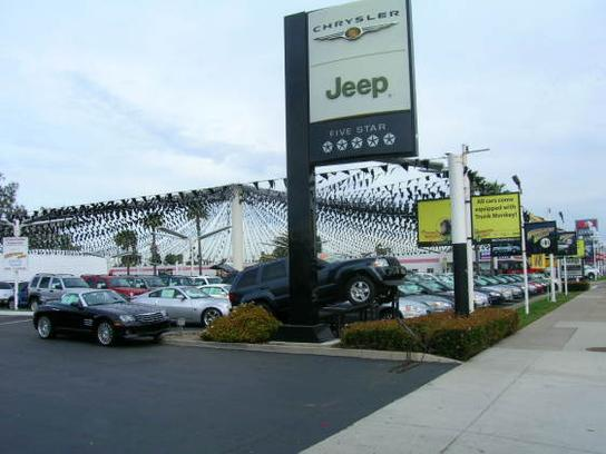 Huntington Beach Chrysler Dodge Jeep Ram Car Dealership In Huntington Beach,  CA 92647 | Kelley Blue Book