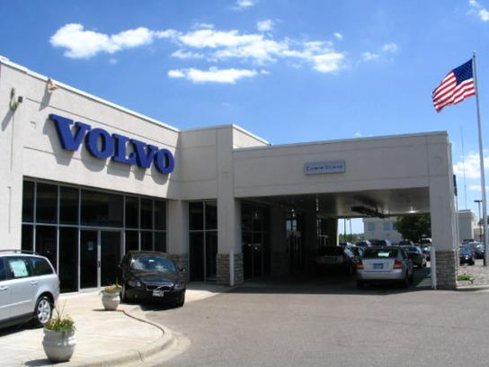 Kline Volvo Cars of Maplewood 1