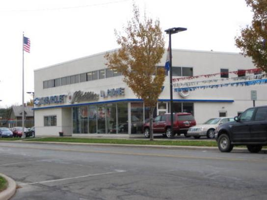 LaRiche Chevrolet Cadillac car dealership in Findlay, OH 45840 ...