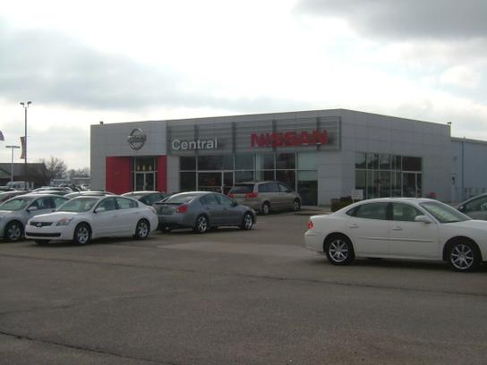 Car Lots Jonesboro Ar >> Central Nissan Car Dealership In Jonesboro Ar 72404 Kelley Blue Book