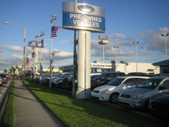 Gus Machado Ford Hialeah >> About Gus Machado Ford Inc In Hialeah Fl 33012 3217