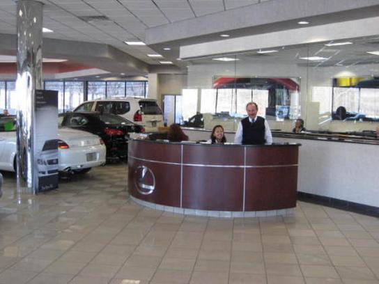 Lexus of Bridgewater 3