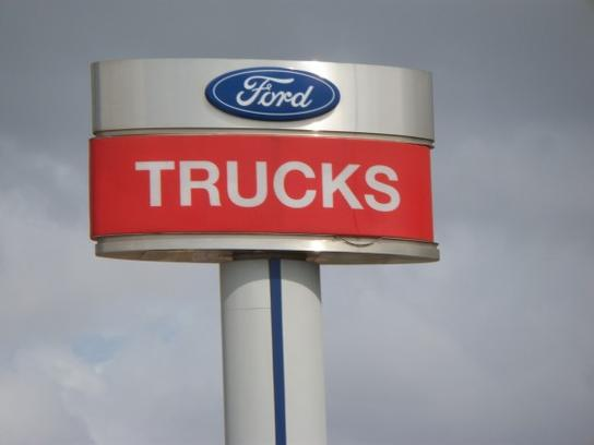 Crescent Ford Trucks 3
