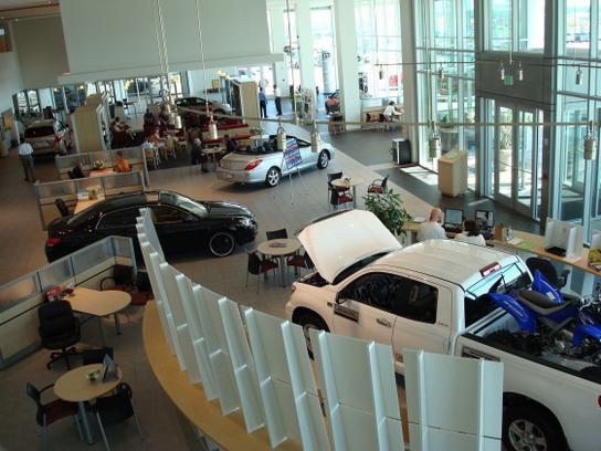 Car Dealership Specials At Pat Lobb Toyota Of McKinney In McKinney, TX  75070 | Kelley Blue Book