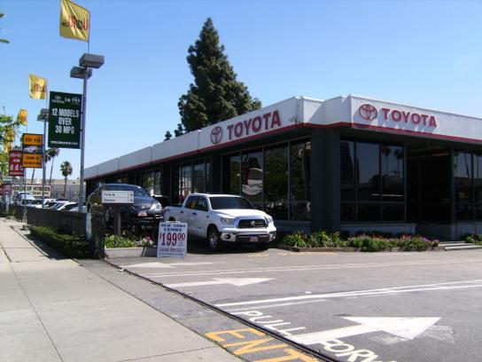Toyota of Hollywood 1