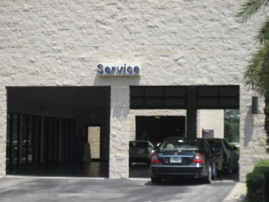 Mercedes benz of south orlando car dealership in orlando for Mercedes benz dealers in florida