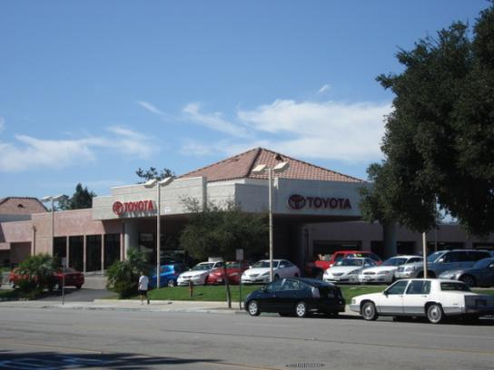 Thousand Oaks Toyota 1