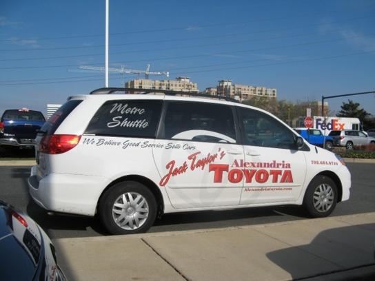 Alexandria Toyota Scion Car Dealership In Alexandria Va 22305