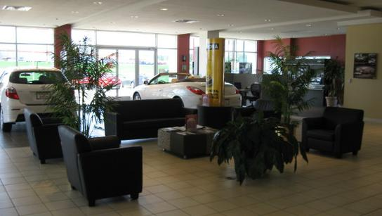 Toyota Of Paris >> Everett Toyota Of Paris Car Dealership In Paris Tx 75460