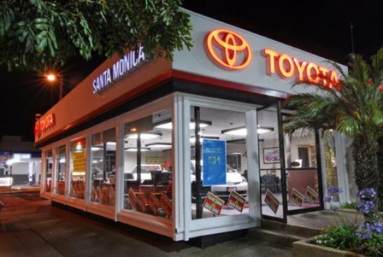 Santa Monica Toyota >> Toyota Santa Monica Car Dealership In Santa Monica Ca 90401