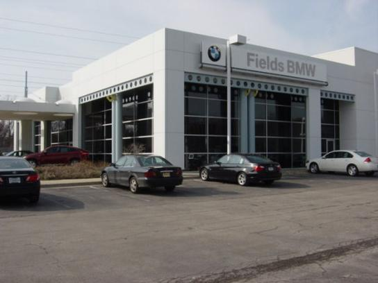 Fields BMW of Northfield 2