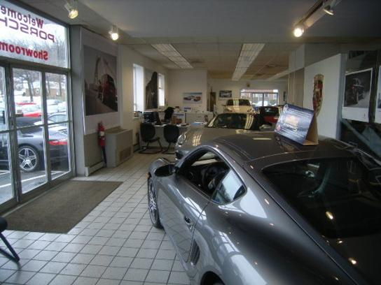 Porsche Audi of Wallingford car dealership in Wallingford, CT 06492