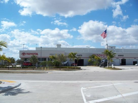 Toyota Dealer Miami >> West Kendall Toyota car dealership in Miami, FL 33186 ...