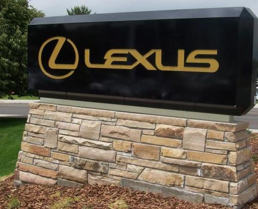 Stevinson Lexus of Lakewood 2
