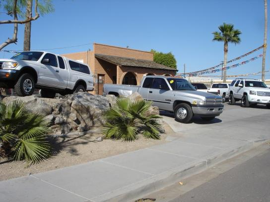 Arizona Car and Truck Store 1