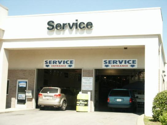 miracle chrysler dodge jeep ram car dealership in gallatin tn 37066 3130 kelley blue book. Black Bedroom Furniture Sets. Home Design Ideas