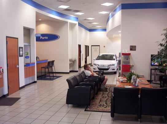 Honda World Car Dealership In Conway Ar 72032 7116 Kelley Blue Book