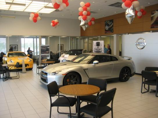 Clear Lake Nissan 1