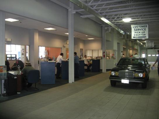 Mercedes Benz Of Cherry Hill Car Dealership In Cherry Hill, NJ 08002 |  Kelley Blue Book