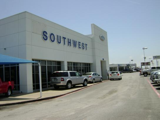 Southwest Ford Greenville Tx >> Donaghe Ford Car Dealership In Greenville Tx 75402 7005