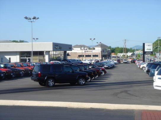 Berglund Chrysler Jeep Dodge Car Dealership In Roanoke Va 24014 Kelley Blue Book