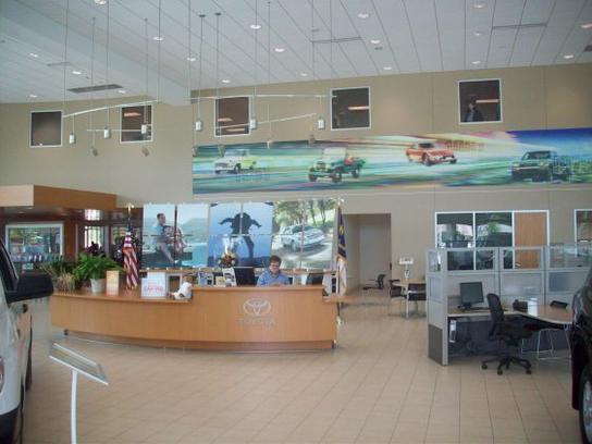 Toyota Fayetteville Nc >> Rick Hendrick Toyota Car Dealership In Fayetteville Nc 28304