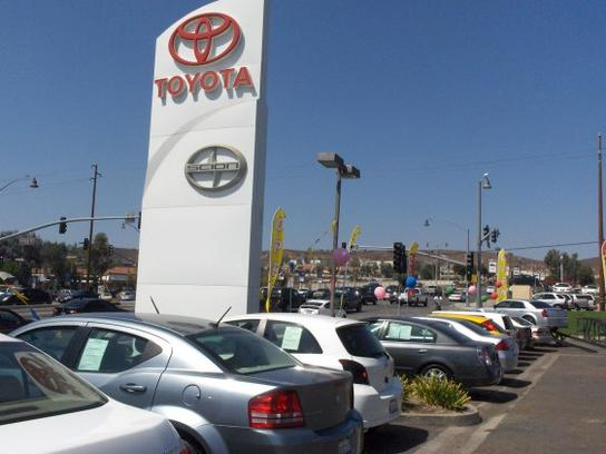DCH Toyota Scion of Simi Valley 2