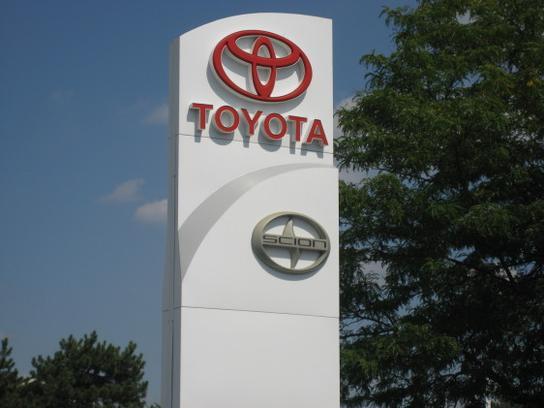 Southfield Quality Cars >> Page Toyota car dealership in Southfield, MI 48033 ...