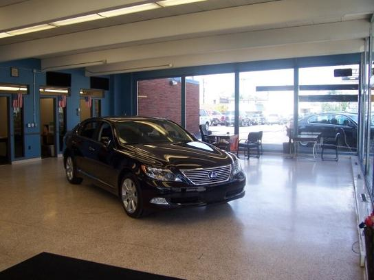 Auto World Usa >> Auto World Usa Car Dealership In Bedford Oh 44146 Kelley Blue Book