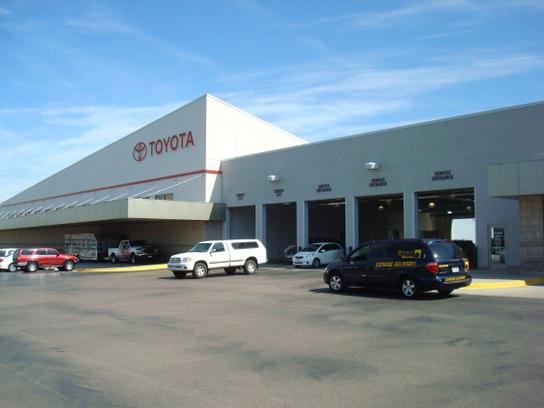 Stevinson Toyota West 3