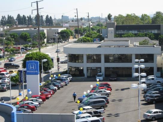 DCH Gardena Honda car dealership in Gardena, CA 90249 | Kelley Blue