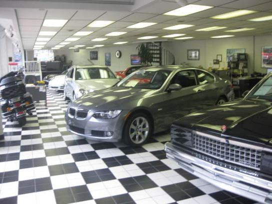 Martin Auto Gallery Inc car dealership in Pittsburgh, PA 15234 | Kelley Blue Book