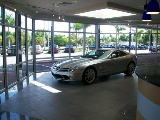 Mercedes-Benz of North Palm Beach 1