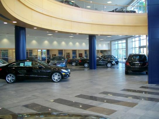 Mercedes-Benz of North Palm Beach 2