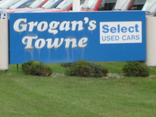 Grogan's Towne Chrysler Jeep Dodge RAM 2