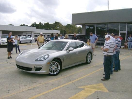 Mercedes Benz Of Fayetteville Car Dealership In Fayetteville, NC 28303 |  Kelley Blue Book