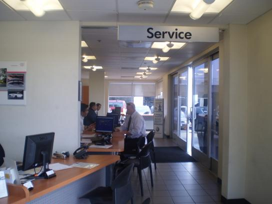Volkswagen South Coast Car Dealership In Santa Ana Ca 92705