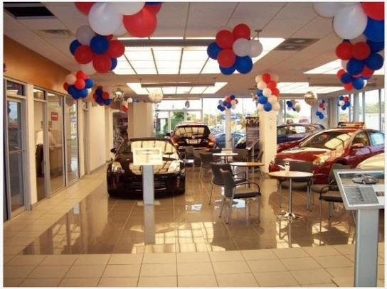 Nissan World of Red Bank 1