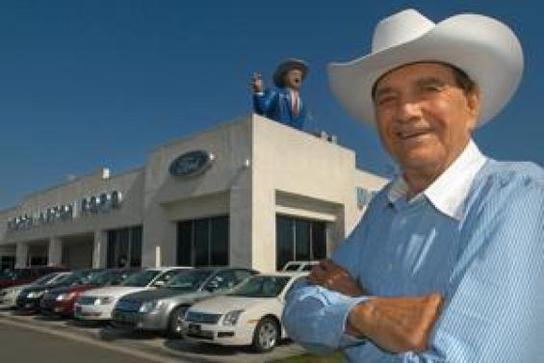 Cal Worthington Ford >> Worthington Ford Car Dealership In Long Beach Ca 90815 1149