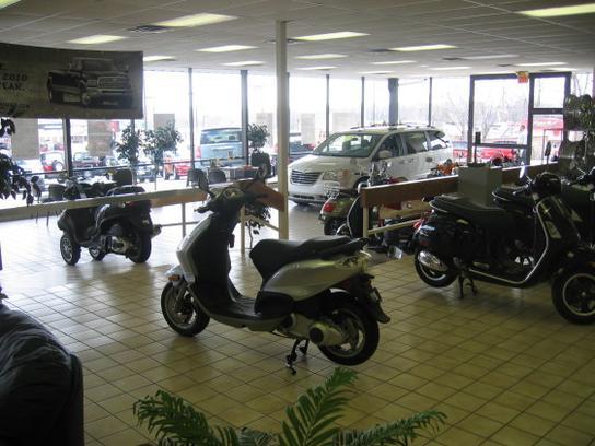 Speedway Chrysler Dodge Jeep car dealership in Lansing, KS 66043 | Kelley Blue Book