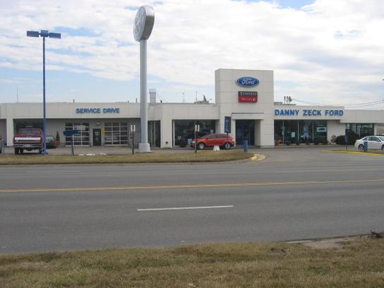 Zeck Ford Leavenworth Ks >> Zeck Ford Car Dealership In Leavenworth Ks 66048 Kelley