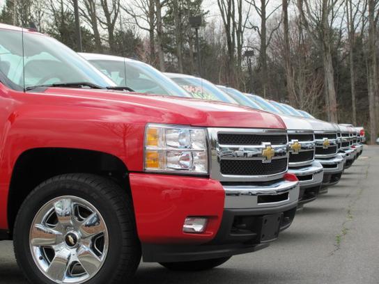 Parks Chevrolet At The Lake Car Dealership In Huntersville, NC 28078    Kelley Blue Book