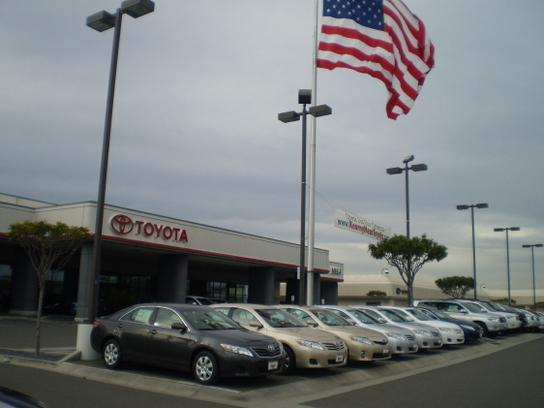Kearny Mesa Toyota Car Dealership In San Diego, CA 92111 | Kelley Blue Book