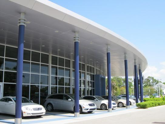 Mercedes-Benz of Fort Myers car dealership in Fort Myers ...