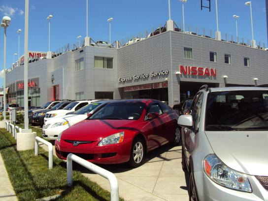 Nissan of Mission Hills 3