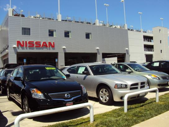 Nissan of Mission Hills 2