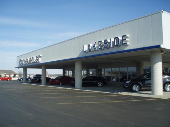 Lakeside Chevrolet car dealership in Warsaw, IN 46582 | Kelley Blue
