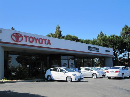 Dealership Photos Map Services Amenities Magnussen S Toyota Of Palo Alto