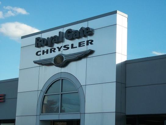 Royal Gate Dodge >> Car Dealership Specials At Royal Gate Dodge Chrysler Jeep