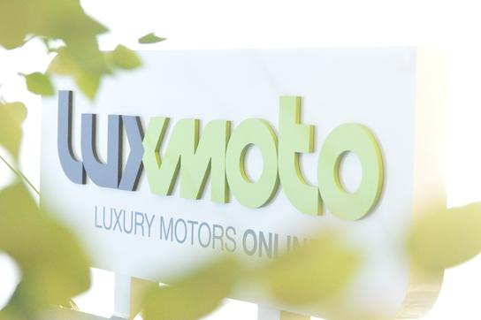 Luxury Motors Online
